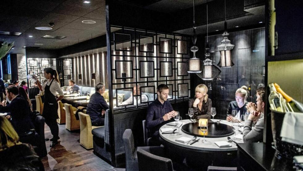 KJAPP KINESER: Restaurant Dinner er et sted som stadig utvides. Spørsmålet er om den økte kapasiteten går ut over kvaliteten og servicen. Foto:THOMAS RASMUS SKAUG