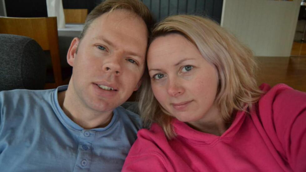 SA OPP: Fred Michael Olsen (40) og kona Connie Olsen (34) tok Canal Digital på ordet og ville si opp abonnementet sitt. Det viste seg å ikke være så enkelt. Foto: Privat