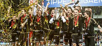 Molde-leiren raser etter RBK-spillernes deltakelse i hatsang. - Pinlig, svarer Helland