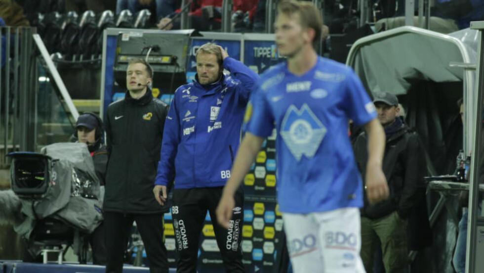 FIKK HJELP: Start-trener Bård Borgersens menn ble knust av Molde, men reddet likevel kvalikplassen. Foto: Scanpix