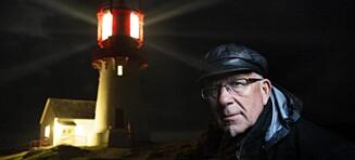 I 40 år har Rolf (63) passet på at det blinker fra Lindesnes