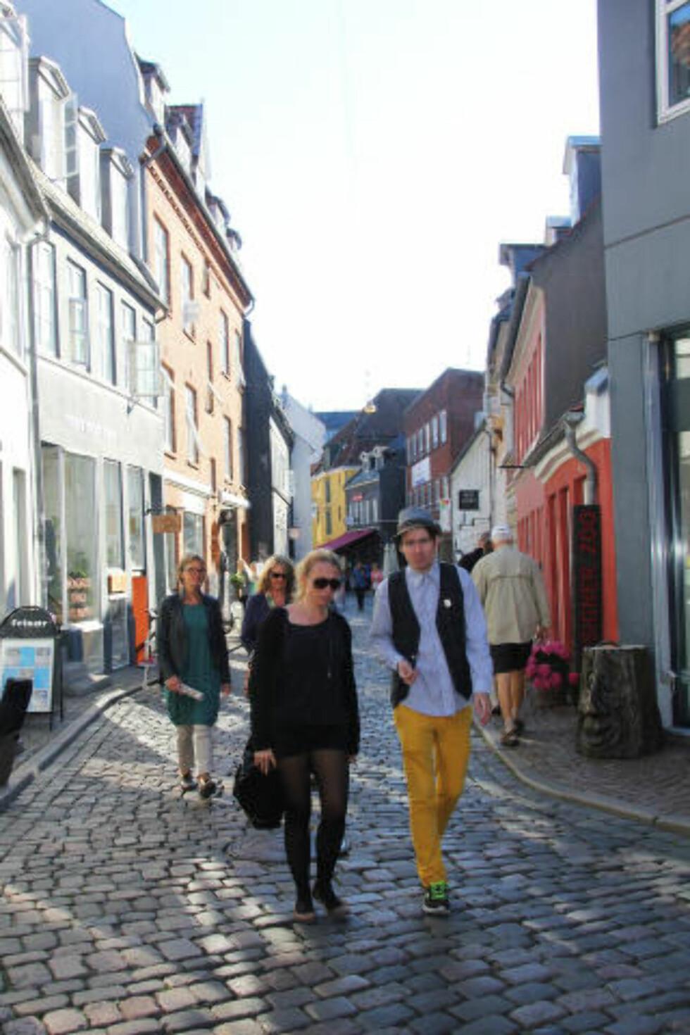 KOSELIG BY: Danmarks nest største by preges av studenter og kreative sjeler. Foto: KJERSTI VANGERUD