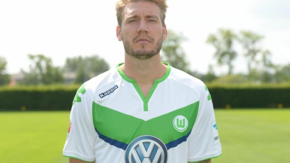 OVERRASKESE?: Wolfsburg-spiller Nicklas Bendtner nevnes overraskende nok av Sky News som et wildcard til United. Foto: AFP PHOTO / DPA / PETER STEFFEN