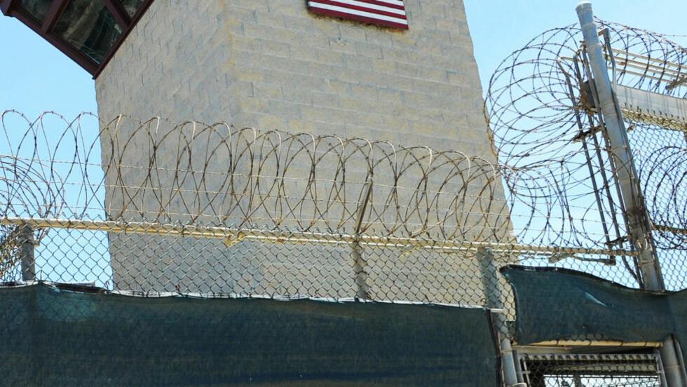 STENGING:  USA vasler stenging av Guantanamo Bay, Cuba Foto: Paul Hennessy/Polaris