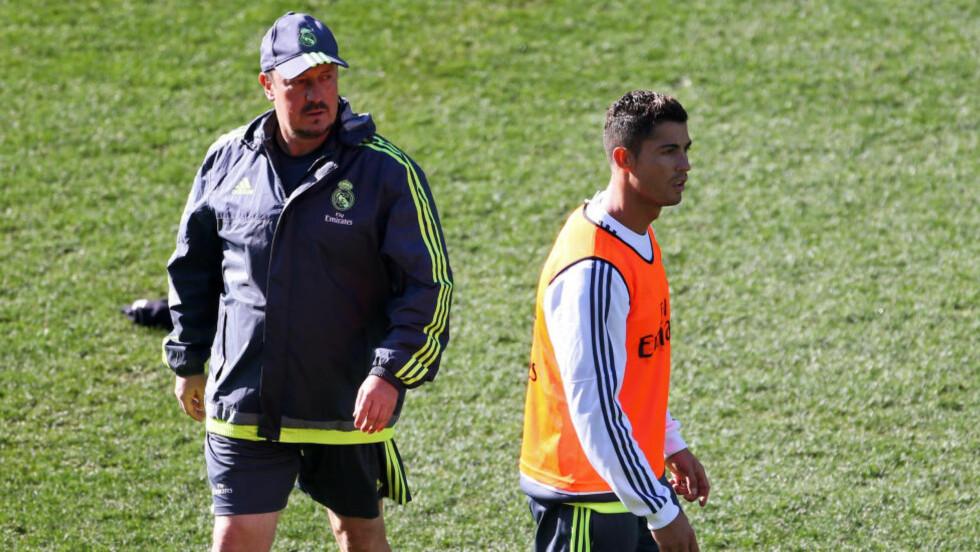 IKKE ANSPENT:  Real Madrid-trener Rafael Benitez toner ned spekulasjonene om at stemningen mellom ham selv og stjernespiller Cristiano Ronaldo er anspent. Foto: Action Images / Jason O'Brien