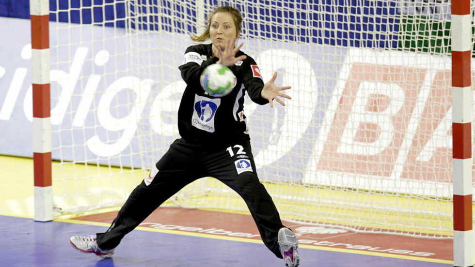 HASTEOPERERT: Landslagskeeper i håndball, Silje Solberg, ble onsdag operert for akutt blindtarmsbetennelse. Foto: Vidar Ruud / NTB scanpix