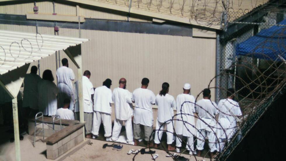 TERRORFENGSEL: USA har blitt kritisert for Guantanamo-fengselet fordi de innsatte ikke får rettergang, og fordi en rekke rapporter har avdekket tortur. Foto: REUTERS/Deborah Gembara/NTB scanpix