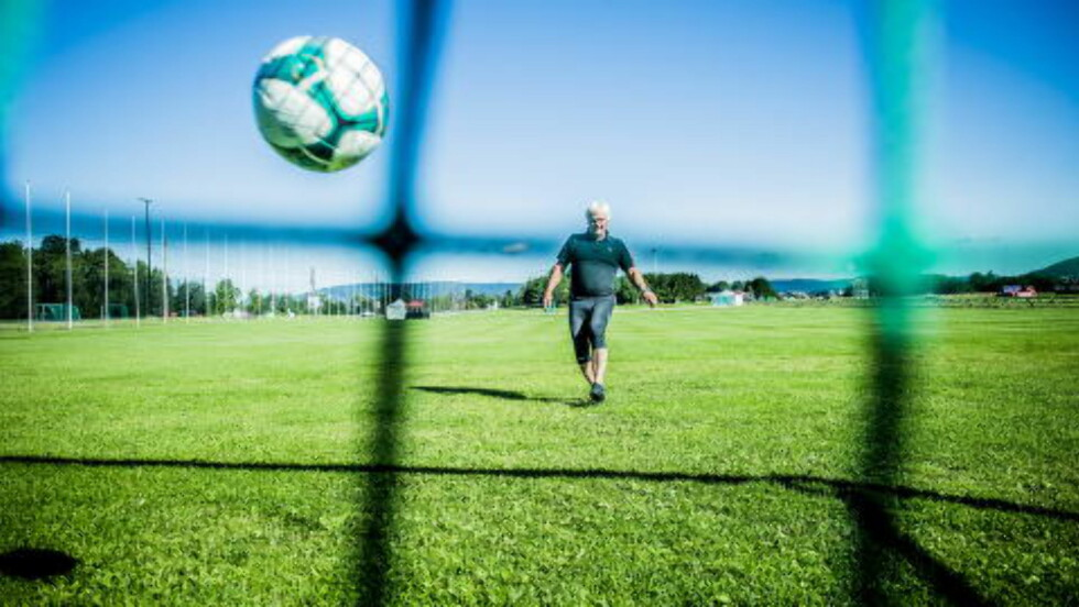 MÅL: Frode Kyvåg har blitt flink til å treffe målet etter alle disse årene med Norway Cup. Foto: Thomas Rasmus Skaug / Dagbladet.