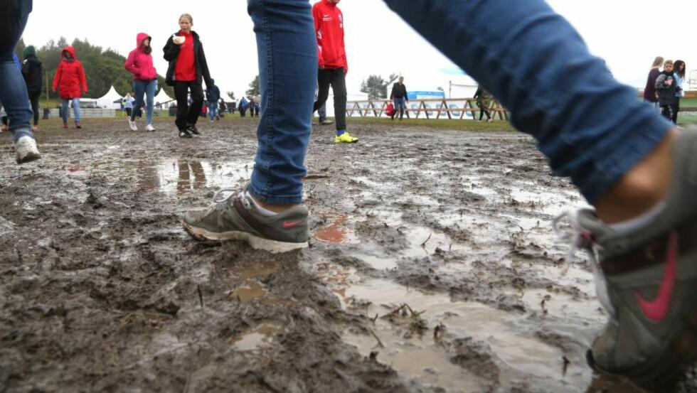 LETTE SKRITT: Det er lange og kjappe skritt som teller - dersom du ikke har gummi støvler på føttene. Foto: Odd Roar Lange/Dagbladet