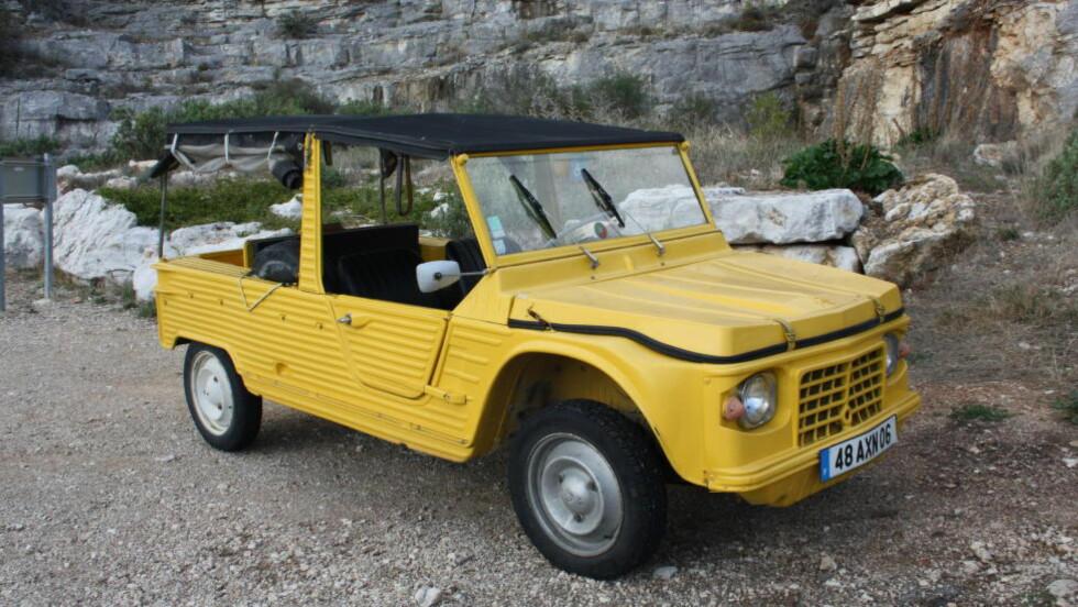 EN FORGJENGER: Citroën Méhari (bildet), som ble lansert på slutten av 60-tallet, var populær hos flower power-generasjonen. Foto: KNUT MOBERG