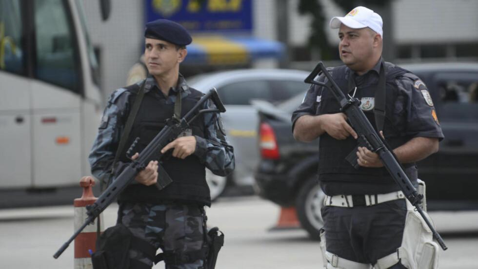 HØY SIKKERHET: Det skal ikke mangle på sikkerhetsvakter i Rio de Janeiro under OL i 2016. Foto: NTB Scanpix