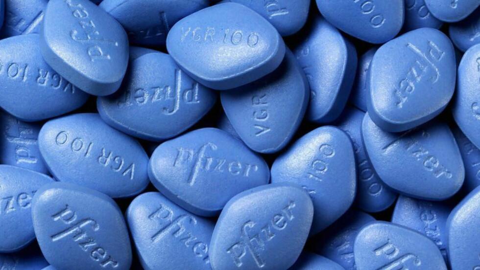 LOVLIG VIAGRA: Bildet viser Viagra, produsert av legemiddelgiganten Pfizer. Foto: AFP / NTB Scanpix