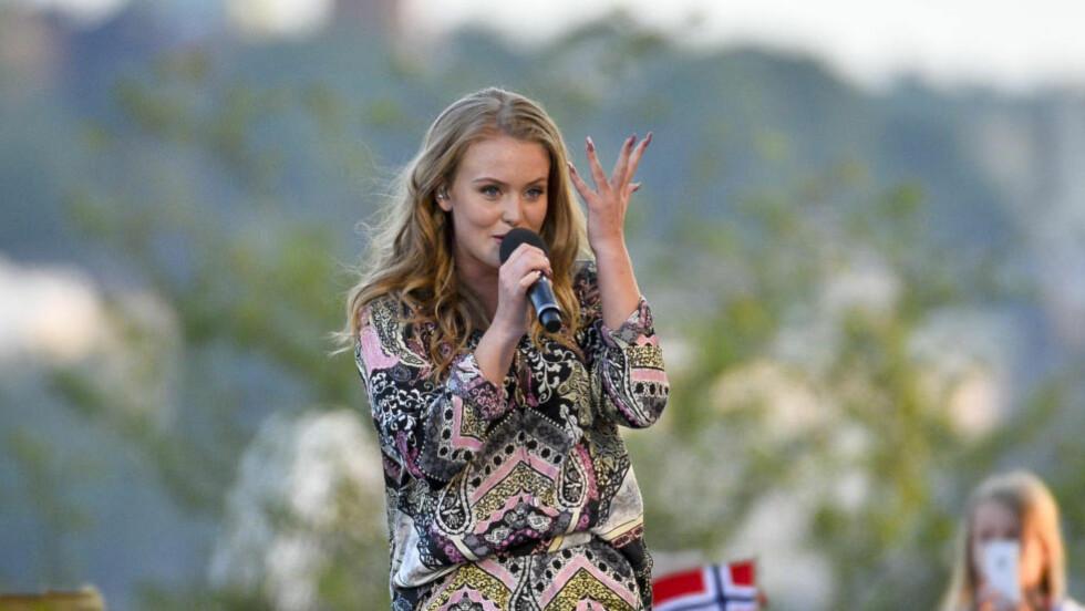 RADIOTABBE:  Zara Larsson ble hyllet for sin tale på svensk radio. Deler av talen var imidlertid hentet fra en blogg, og ble ikke kreditert i programmet. Foto: NTB SCANPIX