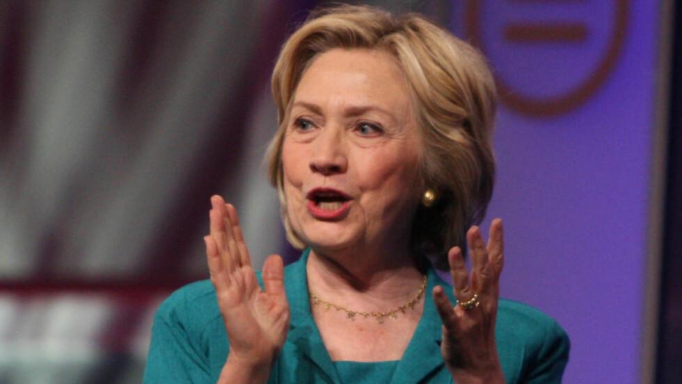 SAFTIGE KARAKTERISTIKKER: Hillary Clinton applauderer i dag neppe karakteristikkene av britiske topp-politikere som står i eposter fra hennes nære medarbeider Sidney Blumenthal. Foto: Brian Branch Price/Polaris