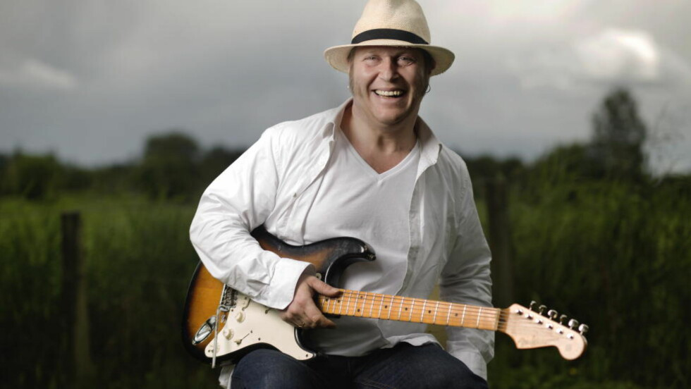 LITT AV ET LIV: Bluesgitarist Vidar Busk (45) har fått sin «rockumentar». «Balladen om Vidar Busk» er skrevet av idéhistoriker Erik Holien. Foto: Agnete Brun / Dagbladet