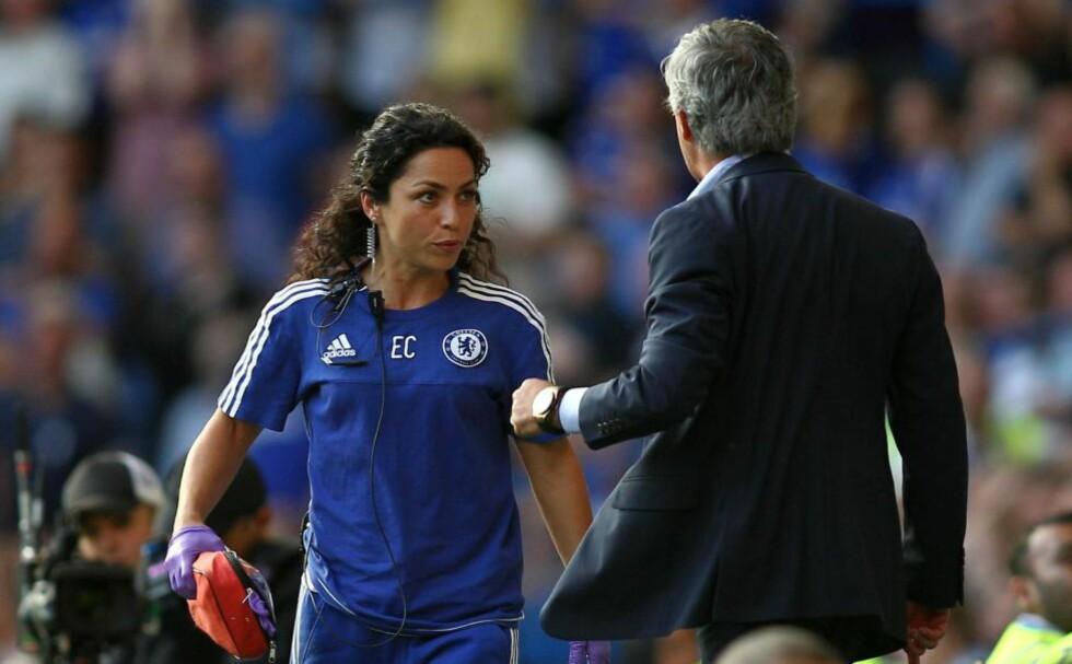 FÅR STØTTE: Chelsea-lege Eva Carneiro får støtte av norske eksperter etter at hun ble skjelt ut av Jose Mourinho både under og etter kampen mot Swansea sist lørdag. Foto: NTB SCANPIX