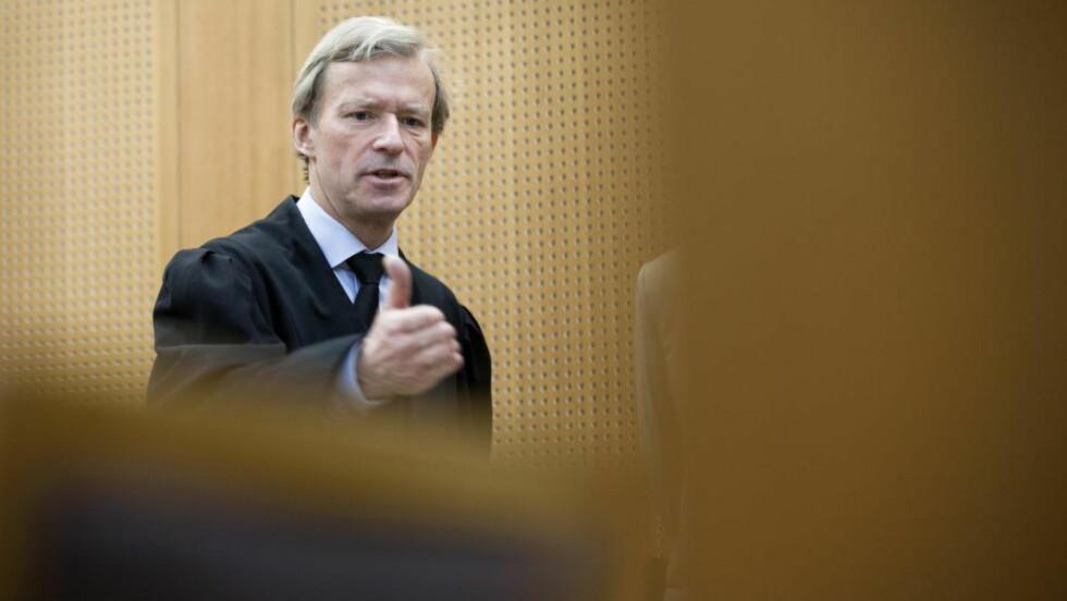FØR DE GÅR TIL AKSJON: Neste uke blir historisk for norske advokater, deriblant Frode Sulland. Mange av dem vil droppe å møte opp til fengslingsmøter, i håp om høyere salærsatser for jobben de gjør som advokater i sivil- og straffesaker. Foto: THOMAS WINJE ØIJORD / NTB SCANPIX