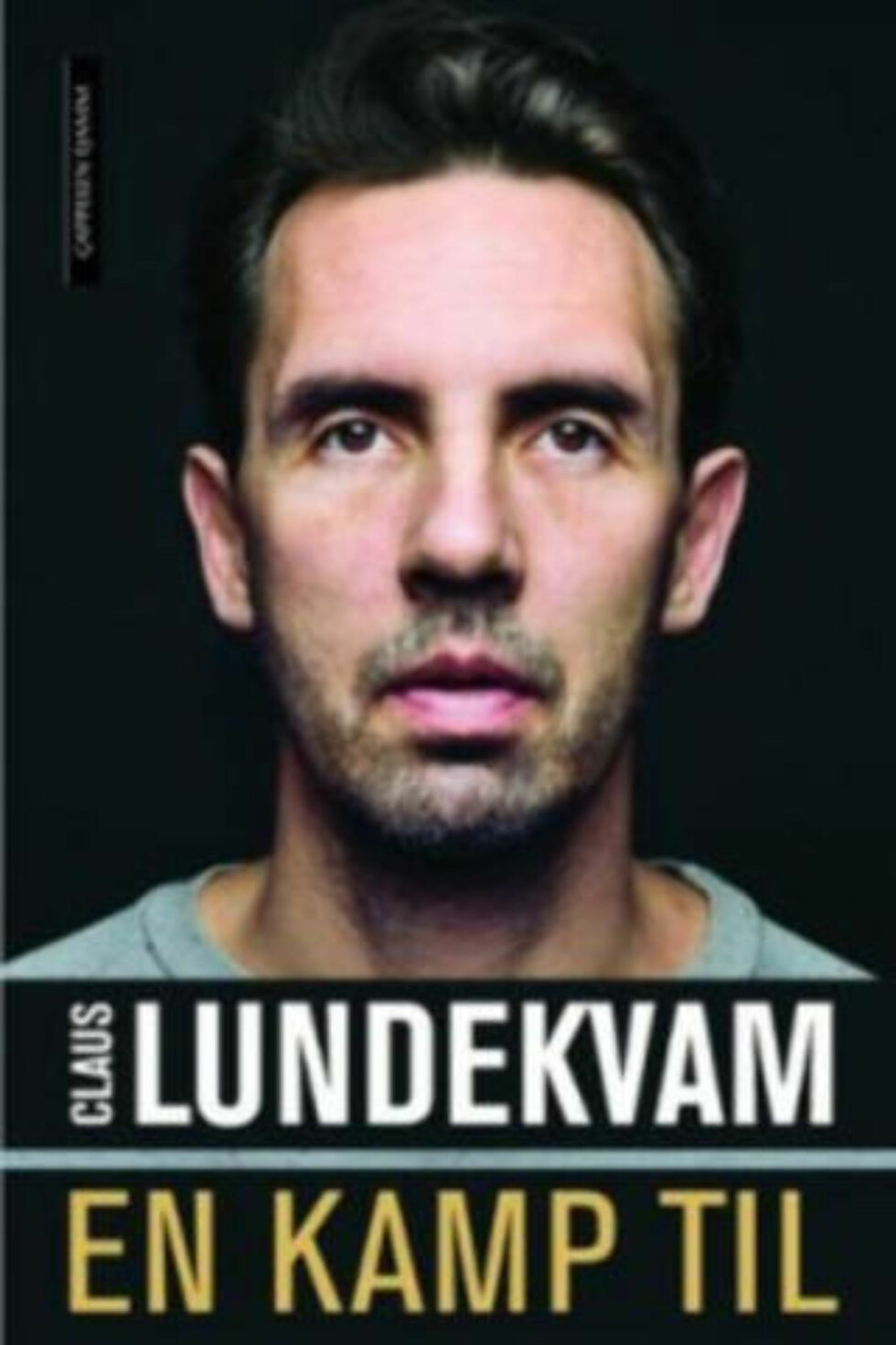 NY BOK: Claus Lundekvams biografi er i salg fredag.