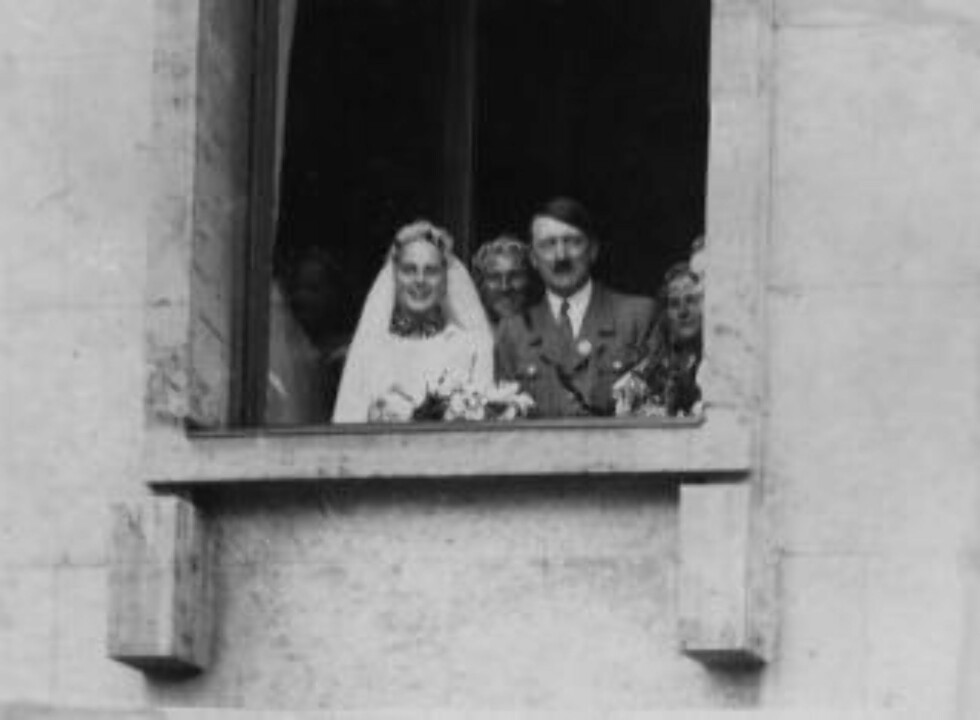 FORLOVER: Adolf Hitler var forlover da Josef Terboven giftet seg med Ilse Stahl i Essen i 1934. Samme kveld som han tok sitt eget liv sa han følgende til hovmester Reimer på Skaugum: «Om De kommer til Tyskland og tilfeldig treffer min familie, vennligst hils til min hustru». Ilse døde i 1972. Foto: NTB Scanpix
