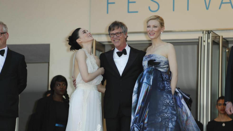 INGEN «FLATS»: Under premierevisninga til filmen «Carol» i Cannes, ble flere av de kvinnelige gjestene nektet adgang. Årsaken var at de ikke hadde tatt på seg høye sko. Foto: DPA / NTB Scanpix