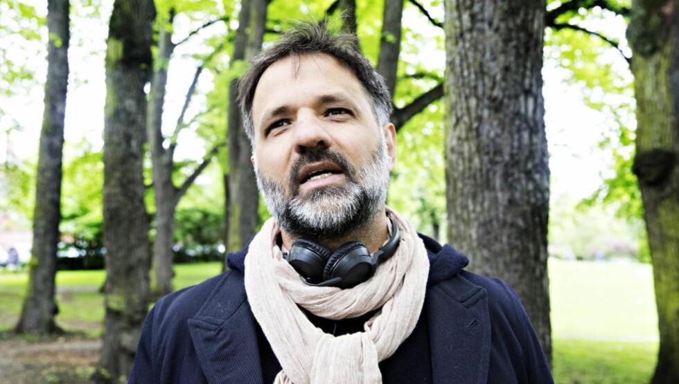 PRISBELØNT: Ulrik Imtiaz Rolfsen (43) har en lang karriere som regissør innen film og TV. De siste åra har han jobbet med en dokumentar om islamisten Ubaydullah Hussain. Foto: Nina Hansen / Dagbladet