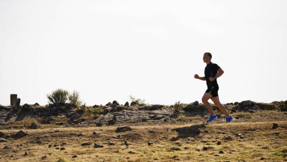 FIRE ØKTER: For å krype under 50 minutter på mila er fire ukentlige økter anbefalt, hvor to er rolige joggeturer. Foto: NTB Scanpix