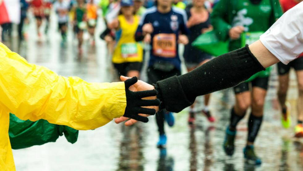 HØY FART: Maraton på under tre timer er svært krevende, derfor krever programmet mange langturer og opptil ti mils løping per uke. Foto: NTB Scanpix