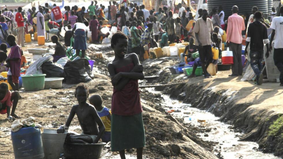 Flyktningsleir: Mange mennesker har lidd som følge av krigen i Sør-Sudan. Nå anklager Den Afrikanske Union Norge for å ha spilt en negativ rolle i konflikten. Her fra  FNs base i Juba i Sør-Sudan Foto: Bibiana Dahle Piene / NTB scanpix