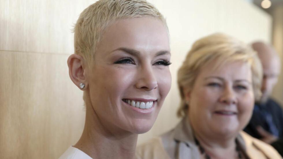 MILJØKONFERANSE: Her er Gunhild Stordalen og statsminister Erna Solberg på EAT-konferansen i Stockholm. Foto: Vidar Ruud / NTB scanpix