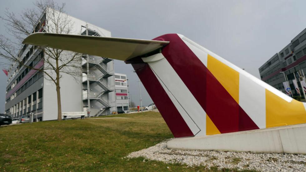 NYE PROSEDYRER:  Etter en nestenstyrt med en Lufthansa Airbus A321-200-maskin for tre og en halv måned siden ble det utarbeidet nye prosedyrer. I dag døde 150 personer i en Airbus-ulykke. Årsaken til ulykken er ikke kjent. Foto:  Wolfgang Rattay / Reuters / NTB Scanpix