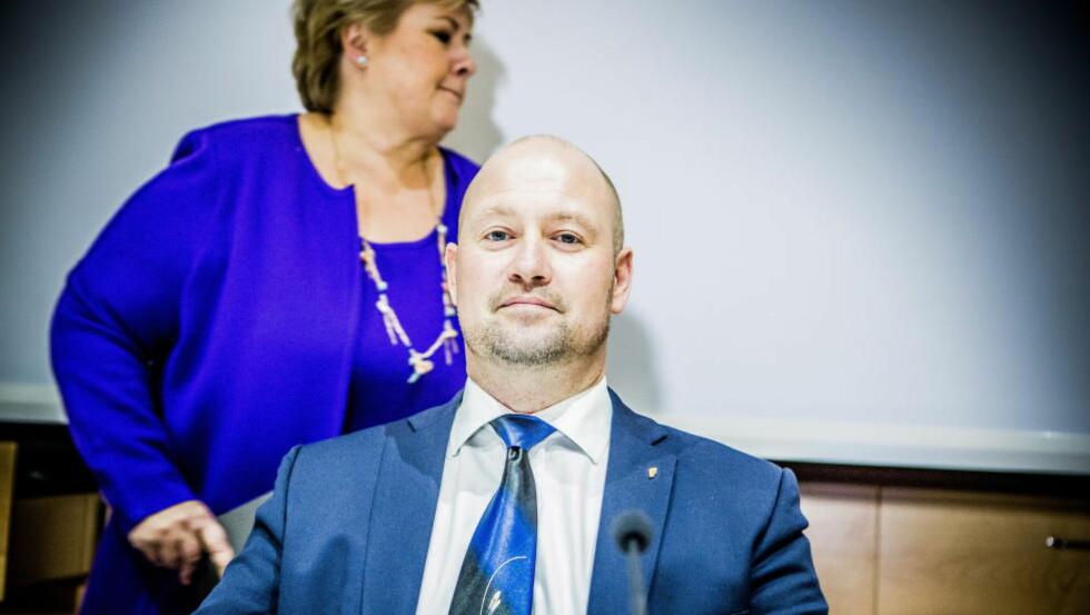TAUS: Justisminister Anders Anundsen har foreløpig nektet å kommentere påstandene om at han inngikk en byttehandel med KrF og Venstre for å unngå mistillit i forbindelse med asylbarnsaken. Foto: Christian Roth Christensen / Dagbladet