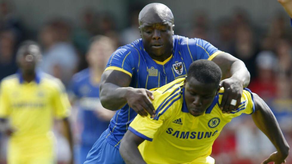 VERDENS STERKESTE:  Liverpool må bryne seg på verdens sterkeste fotballspiller i Adebayo Akinfenwa i kveldens kamp. Foto: Jed Leicester / Action Images / NTB Scanpix