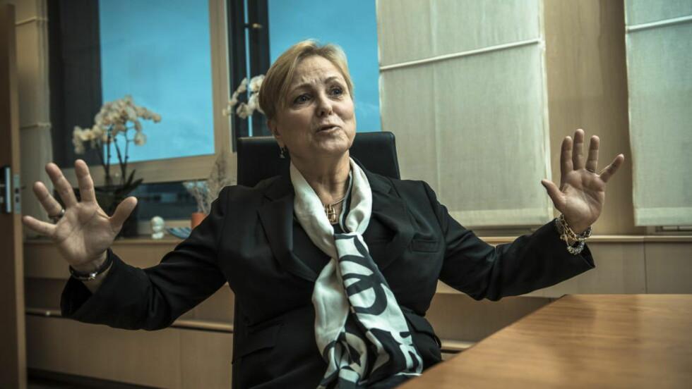 ÅPNER FOR SØNDAGSHANDEL: Kulturminister Torhild Widvey (H) vil at du skal kunne handle så mye du orker, også på søndager. Foto: Lars Eivind Bones / Dagbladet