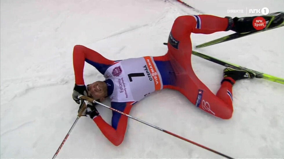 OVERRASKET: Tomas Northug overrasket alle og vant sprinten i estiske Otepää. Da kom gledestårene kjapt. Foto: Skjermdump med tillatelse fra NRK
