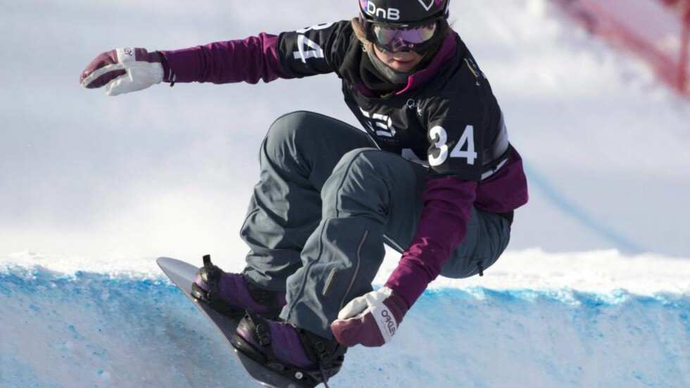 BEST I B-FINALEN: Helene Olafsen tok seg ikke til finalen i boardercross i X-Games fredag, men vant B-finalen. Foto. AP Photo/The Canadian Press, Jacques Boissinot