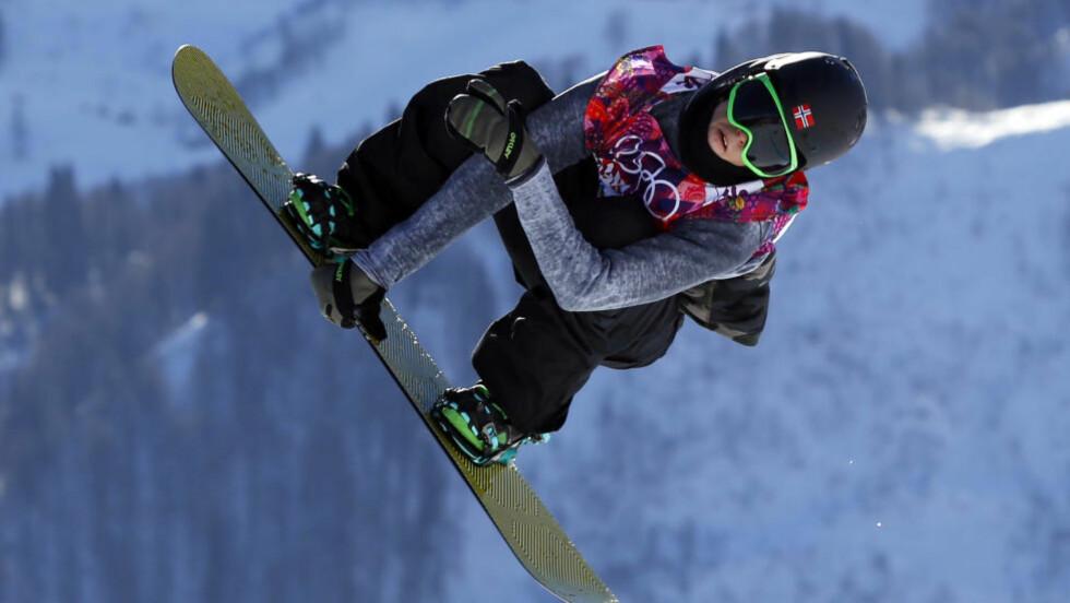 VIDERE: Ståle Sandbech (bildet), Torstein Horgmo og Emil Andre Ulsletten tok seg videre til slopestyle-finalen i X-Games. Finalen går søndag. Foto: AP Photo/Sergei Grits