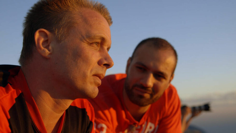PREMIERE I MORGEN: «De bortførte barna» på TV 2 med Marco Elsafadi (til høyre). Foto: TV 2