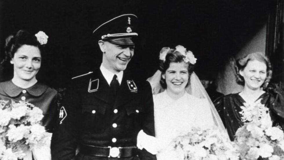 WAFFEN-SS: Pieter Schelte Heerema gifter seg her i stram SS-uniform under krigen. Nederlenderen var en av SS-føreren Himmlers mest betrodde menn i Nederland, fastslår historiker og SS-ekspert Terje Emberland.