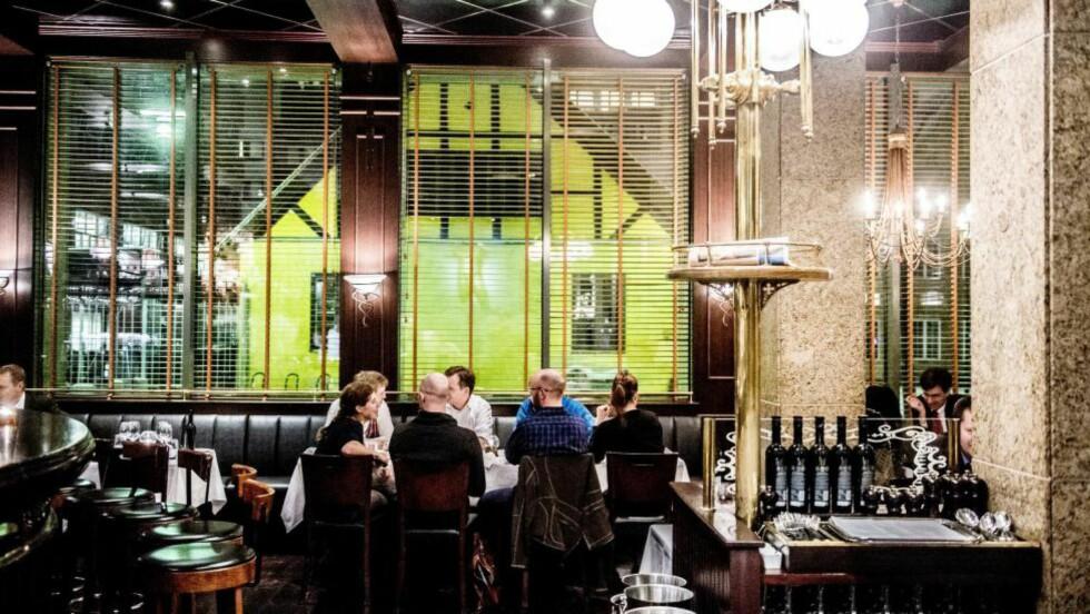 BRASSERIE: Hansken holder koken. Maten er bra, servicen bedre. Foto: THOMAS RASMUS SKAUG