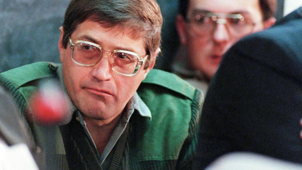 DRAPSMASKIN: Eugene de Kock ble i 1996 dømt til to livstidsdommer pluss 212 års fengsel for en rekke drap, kidnapping, tortur og svindel. Nå blir han en fri mann. Foto: Walter Dhladhla / AFP / NTB Scanpix
