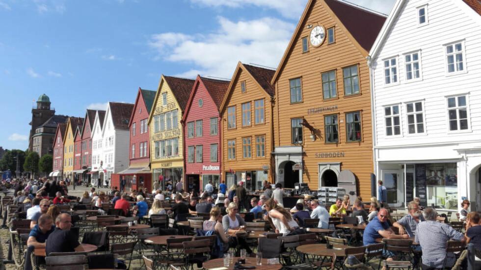 SOL I BERGEN: Bergen har opplevd det varmeste året siden vikingtiden. Foto: Paul Kleiven / NTB scanpix