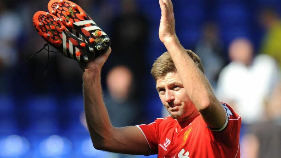 STOR I LIVERPOOL: Steven Gerrard. Nå åpner han for å forlate klubben. Foto: AFP PHOTO / OLLY GREENWOOD