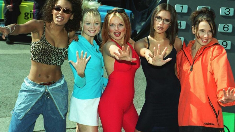 FORTSATT POPULÆRE. Jentegruppa Spice Girls, bestående av Melanie «Scary Spice» Brown, Emma «Baby Spice» Bunton, Geri «Ginger Spice» Halliwell, Victoria «Posh Spice» Adams (nå Beckham) og Melanie «Sporty Spice» Chisholm kan skryte på seg å ha verdens mest fengende låt, tretten år etter oppløsningen. Dette bildet er tatt i 1997. Foto: Stella Pictures