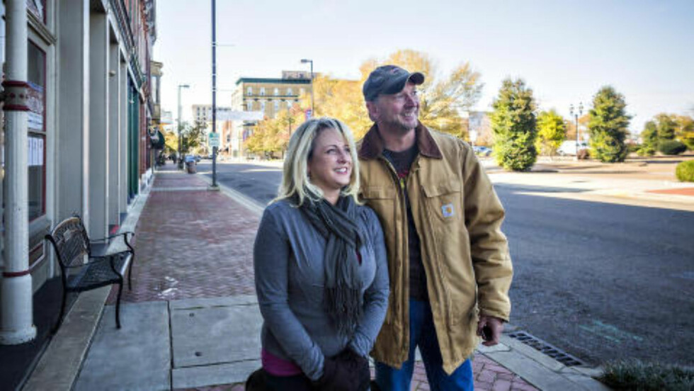 VIL HA FORANDRING: Gina og David Troutman forteller om tunge økonomiske tider i Paducah. De vil stemme på Grimes for å få forandring. Foto: Johannes Worsøe Berg / Dagbladet