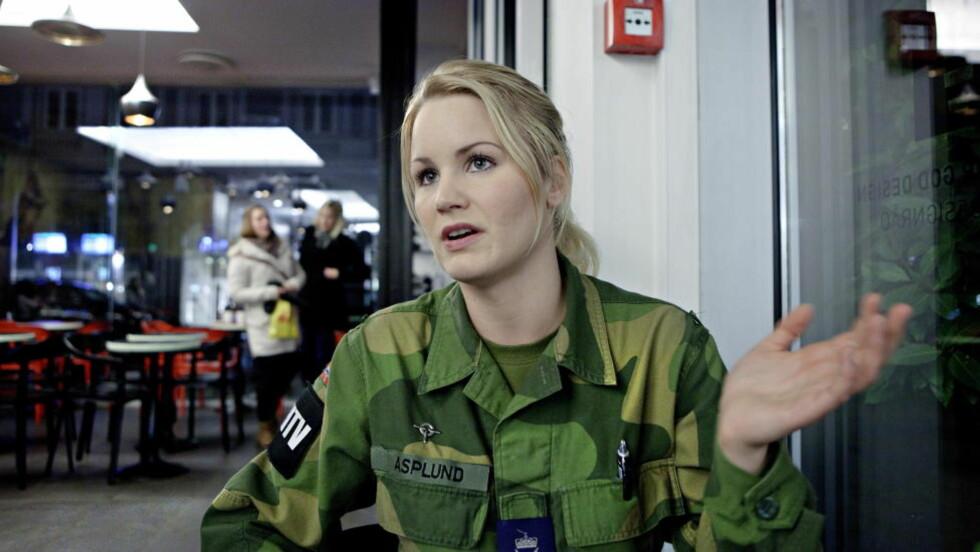 MISBRUKT: Alice Asplund fortalte Dagbladet at hun følte seg misbrukt etter at hun ble beordret til å kle seg naken og vaske seg sammen med 30 mannlige medsoldater under en øvelse i 2011. Foto: Lars Eivind Bones / Dagbladet