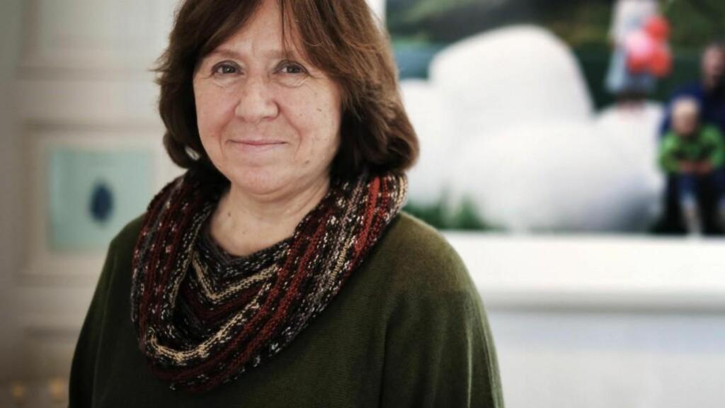 PROFET: Den hviterussiske forfatterinnen Svetlana Aleksijevitsj skriver klarsynt om det post-sovjetiske mennesket. Vi traff henne nylig i Oslo. Foto: Frank Karlsen