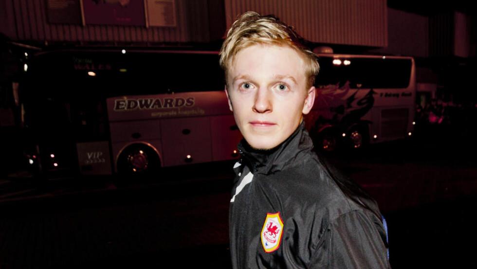 UTE: Heller ikke i kveld fikk Mats Møller Dæhli sjansen for Cardiff. Lars Tjærnås sier at det begynner å haste for nordmannen. Om ikke må han finne seg ny klubb i januar. Foto: Vegard Grøtt / NTB scanpix