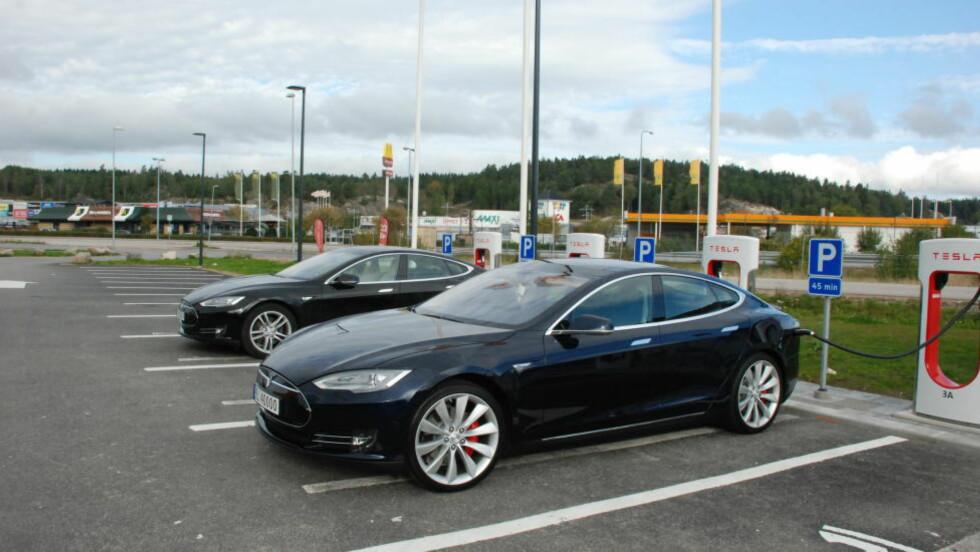 Tesla Model S:  Holder seg best i pris.