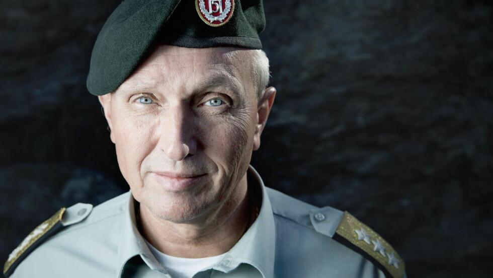 - RYKKER OPP: - Vi mener at noen av nordmennene i ISIL har gått inn i mellomlederfunksjoner, sier generalløytnant Kjell Grandhagen, sjef for E-tjenesten, til Dagbladet. Foto: Bjørn Langsem / DAGBLADET