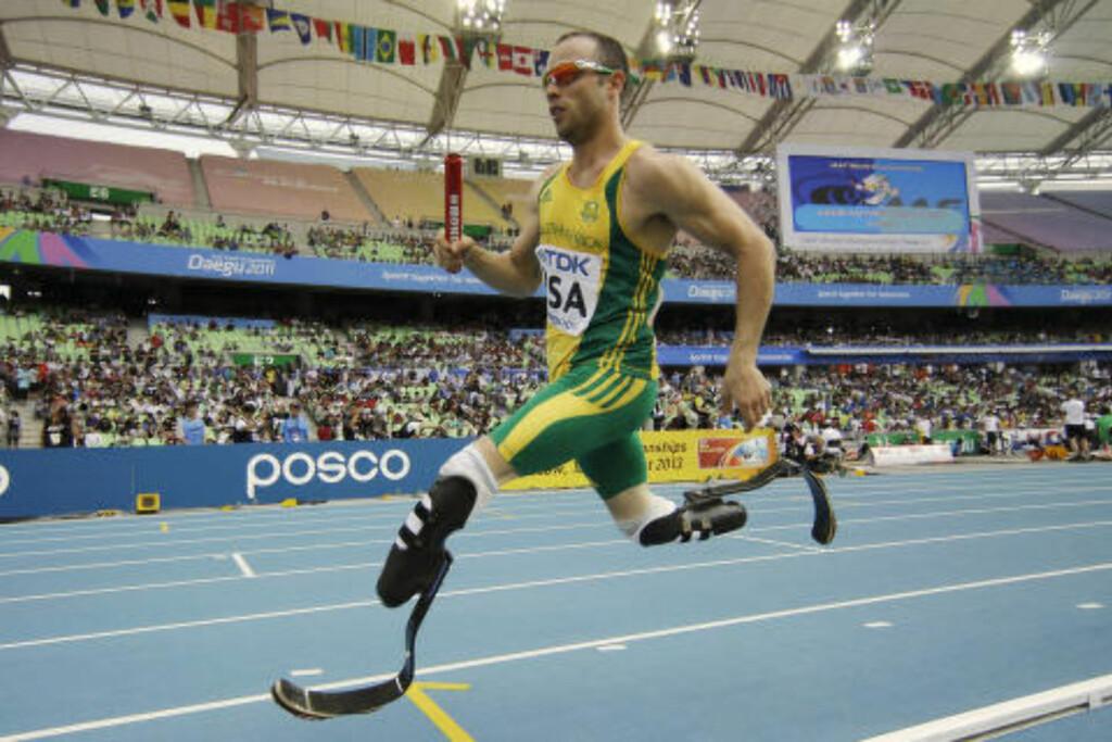 OL OG VM: Oscar Pistorius har konkurrert med beinproteser, men likevel konkurrert i OL og VM. Foto: AP Photo/Matt Dunham